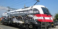 Австрийский электровоз раскрасили как паровоз
