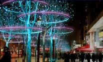 На Елисейских полях скоро появится рождественская иллюминация
