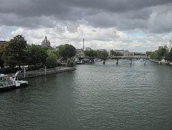 Левый берег Сены закрыт для автомобилистов