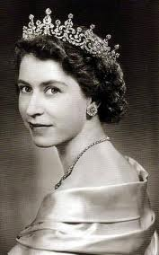Елизавета II признана самой влиятельной женщиной Великобритании