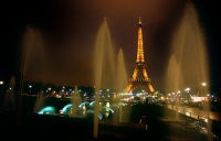Парижан научат, как встречать иностранных туристов из разных стран