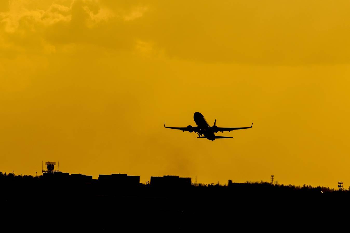 В аэропорту Нанта (Франция) введут комендантский час