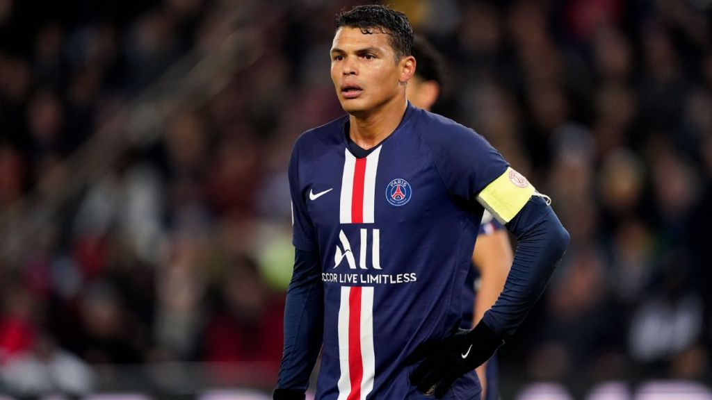 PSG's Silva eyeing top European club after summer exit - sources