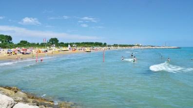IA014-cavallino-garden-paradiso-campsite-adriatic-beach-c_tcm13-57936