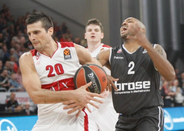 L'Olimpia vince a Bamberg la partita degli ex