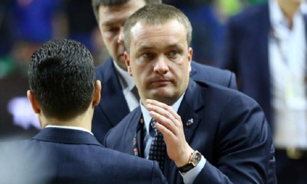 """Andrey Vatutin (presidente CSKA): Sono insoddisfatto. Dobbiamo ridiscutere l'attitudine di tutti all'interno del club.    E su Jasi è """"diplomazia""""."""