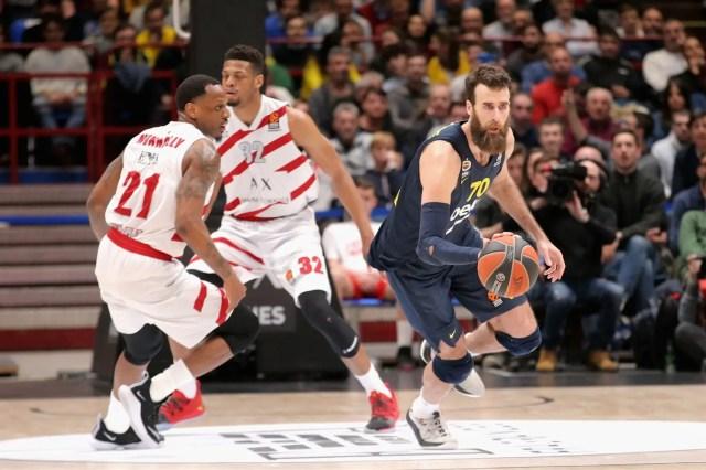 Il Fenerbahçe gioca a pallacanestro, l'Olimpia no