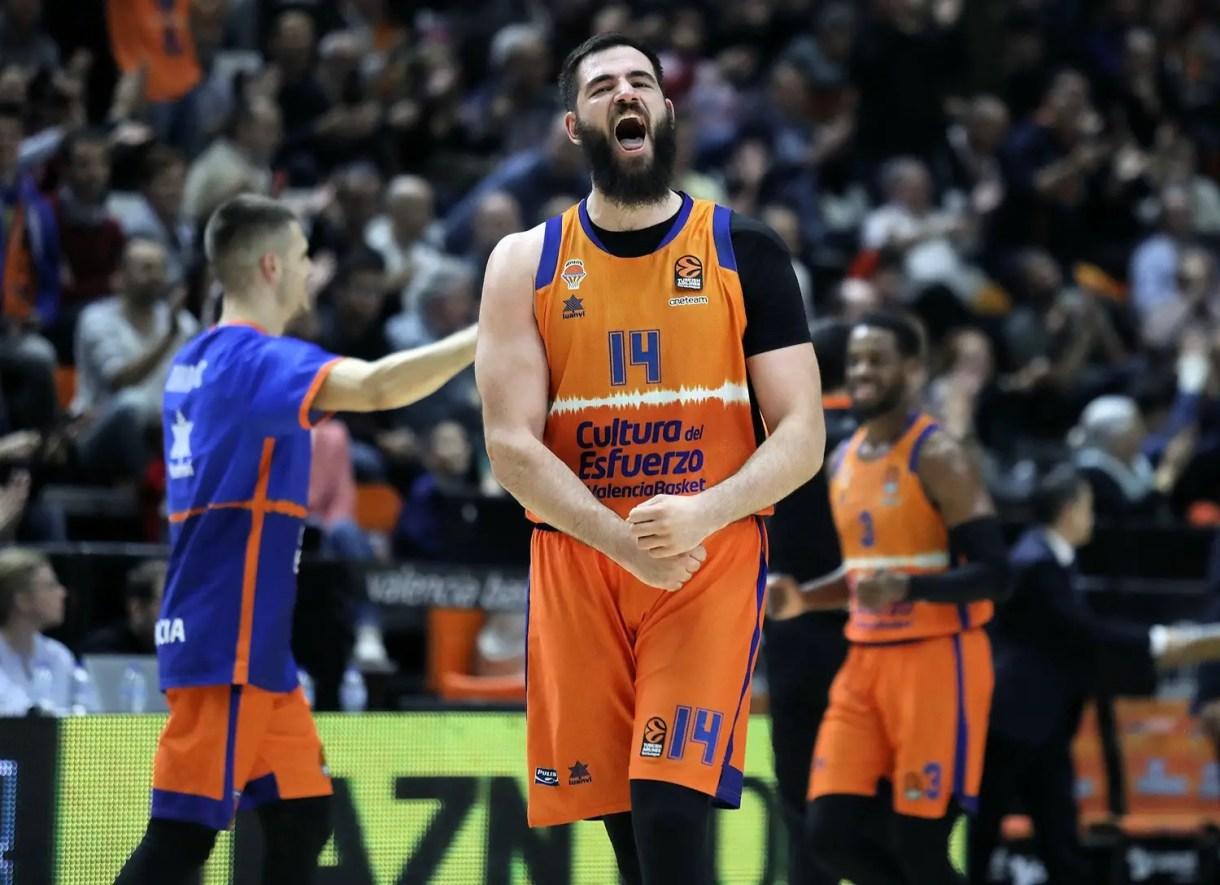 bojan-dubljevic-celebrates-valencia-basket-eb19