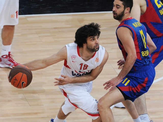 milos-teodosic-olympiacos-final-four-paris-2010-eb09