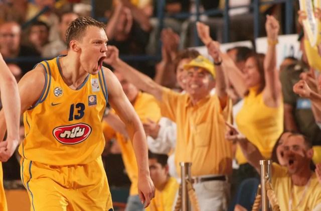2004: La finale senza storia