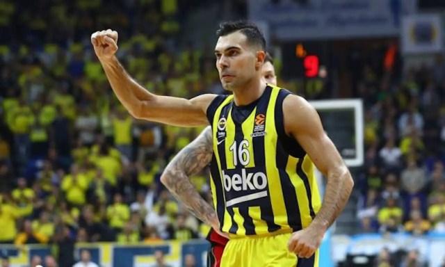 Kostas Sloukas e l'Olympiacos: giorni decisivi