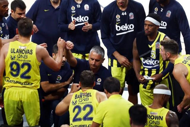 Cade l'Efes, ottimo Fenerbahçe, bene il Maccabi e passeggiata Cska