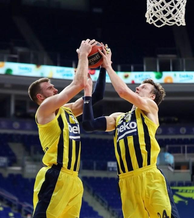 Fenerbahce-Zalgiris (round 30): Vesely è incontenibile