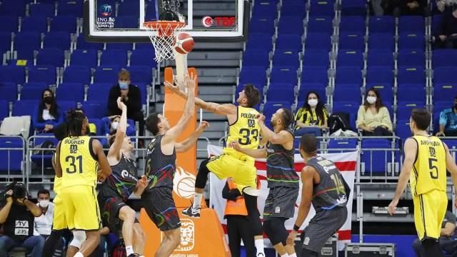 Campionati esteri: vincono Efes e Fener, in Grecia bene l'Oly, Pana K.O.