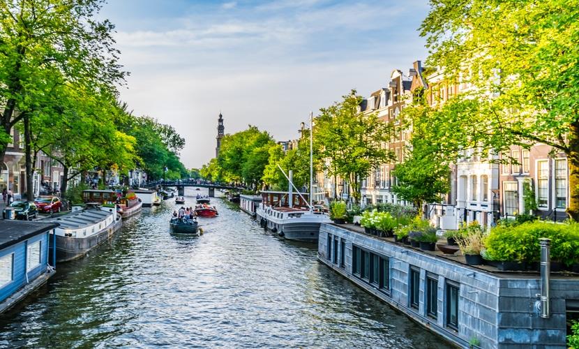 Amsterdam é a capital dos Países Baixos