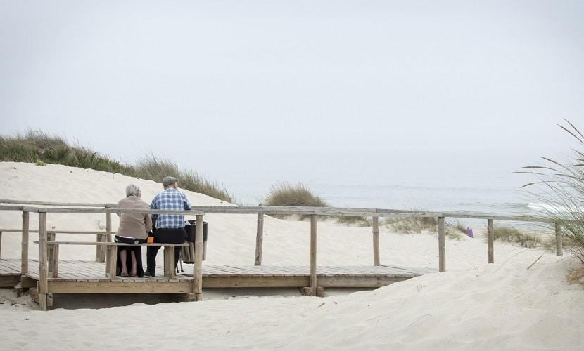 Casal de aposentados vivendo em Portugal