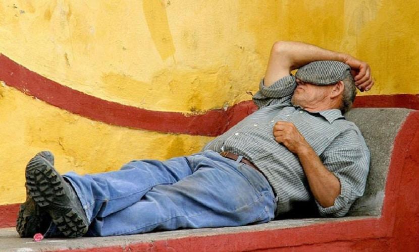 costume da siesta na Espanha