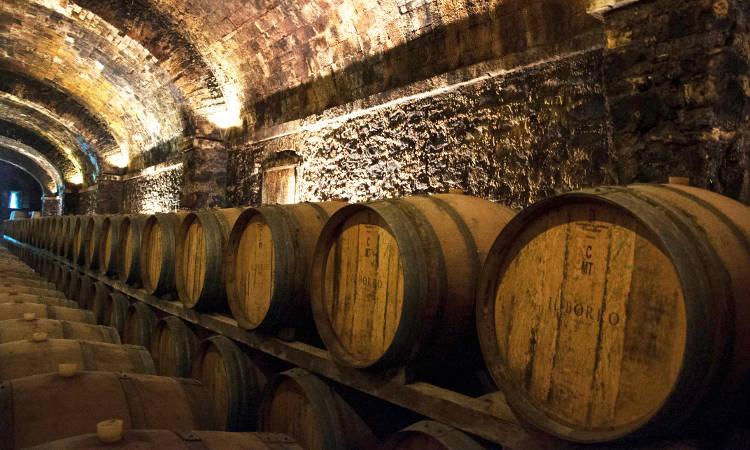 Depósitos de vinhos italianos