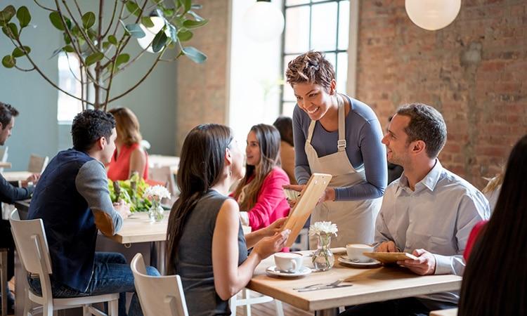 Dicas de inglês para viagem: o que falar num restaurante