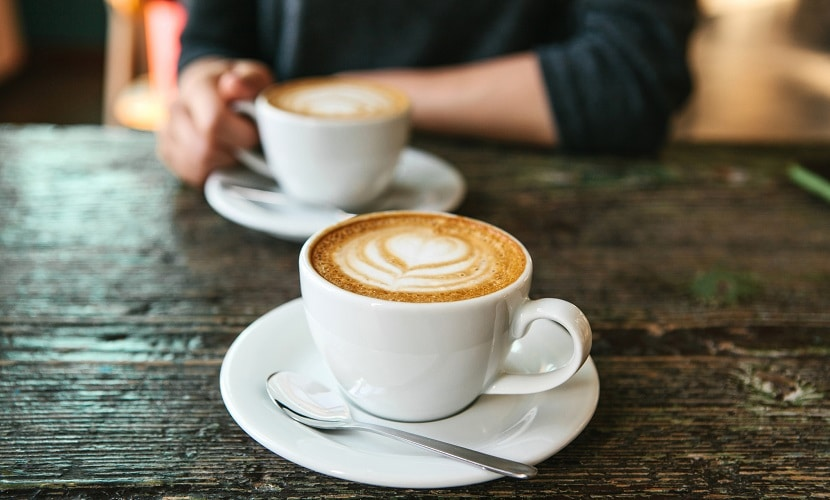 diferença brasileiros portugueses café