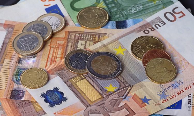 dinheiro levar europa valor