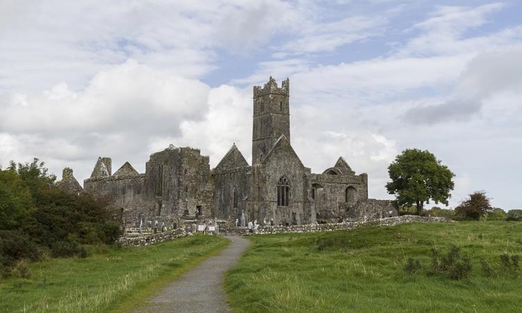 Ennis na Irlanda