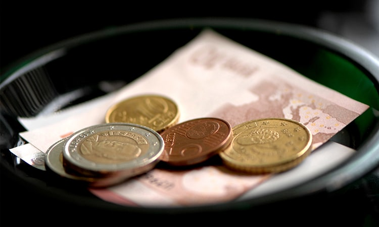 qual a diferença do euro comercial e turismo casa de câmbio