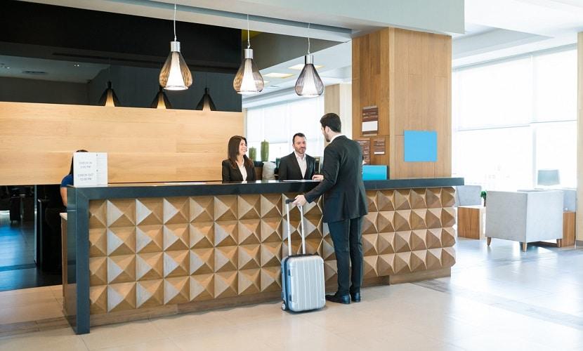 trabalhar no setor hoteleiro em Portugal