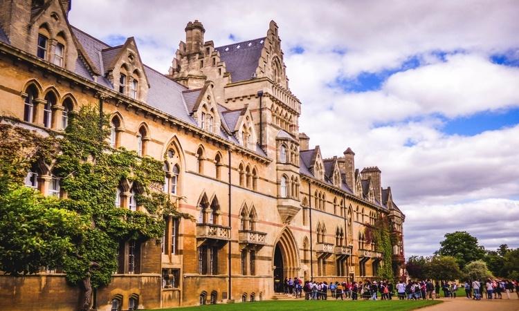 universidade de Oxford fachada