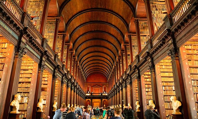 Universidade na Irlanda