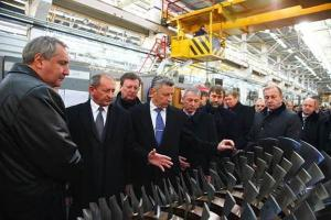 Dmitriy Rogozin, Russian deputy prime minister, inspects Ukrainian military defense plants, December 2013