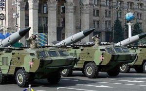 Tochka-U tactical rocket launchers through the streets of Kiev. Military parade at Ukraine's 23rd Independence Day, August 24, 2014 (Reuters)