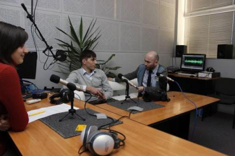 butusov-photo-1-19-oct-2014VH desk