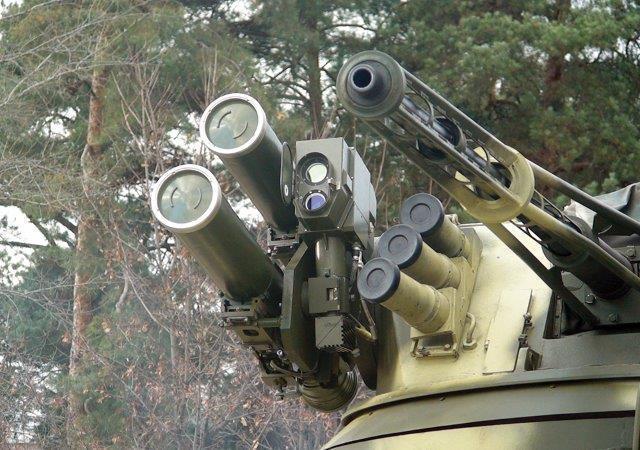 Bar'er vehicle-carried antitank missile system