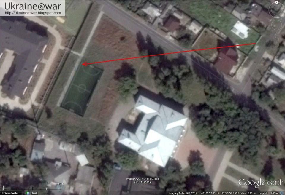 Google Earth zeigt die genaue Lage des Sportplatzes und des Zauns