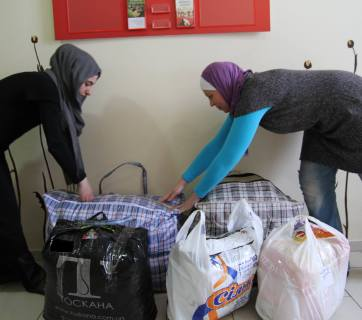 Muslim volunteers in Kyiv