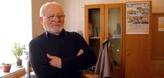 """Chief editor of the Crimean Tartar-language """"Avdet"""" Shevkey Kaybullayev, whose newspaper was denied a license to continue to operate in Crimea by Russia's media watchdog Roskomnadzor, as reported by an also-shuttering Crimean News Agency (Photo: QHA)"""