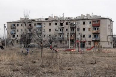 Devastation caused by Russian aggression in Donbas, Ukraine (village of Peski) (Image: http://maxrokotansky.livejournal.com)