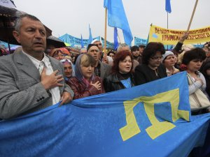 A commemoration of the 70th anniversary of Crimean Tartar departation from Crimea by the Soviet government. Simferopol, Crimea, Russia-occupied territory of Ukraine, 2014. (Image: Reuters)