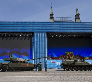 The state-of-the art Russian T-14 Armata tank stalled in the middle of the Red Square during a preparation for general rehearsal for the Victory Day military parade, would not restart, and had to be towed. Moscow, Russia, Thursday, May 7, 2015. (AP Photo/Alexander Zemlianichenko)