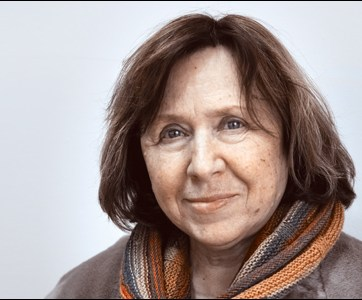"""Svetlana Aleksievich, 2015 winner of the Nobel Prize for literature """"for her polyphonic writings, a monument to suffering and courage in our time"""" (Image: naviny.by)."""