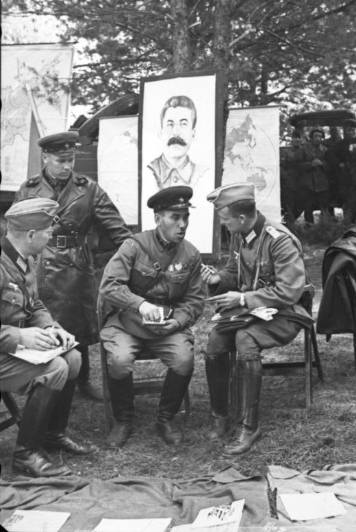 German Soviet nazi soldiers Brest