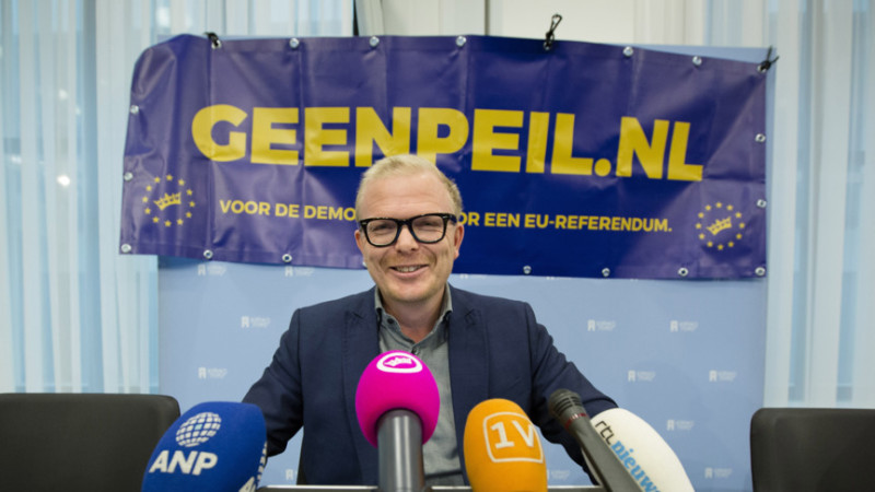 Jan Roos, the campaign leader for GeenPeil, at a press conference. Photo: ANP