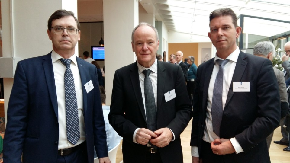 From left to right: S.Feoflov (Ukrainian partner -UkrAgroConsult), Head of EBRD Netherlands and Nard Elsman at Agribusiness event, Wageningen University (The Netherlands)