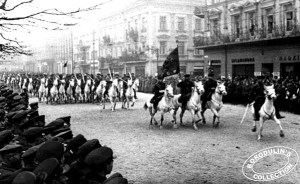 Soviet cavalry entering Lviv, 1939