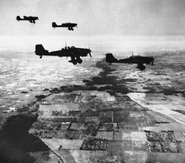 German Stuka dive-bombers, in flight heading towards their target over coastal territory between the Dnipro River and Crimea, towards the Gate of the Crimea on November 6, 1941. (Image: AP Photo)