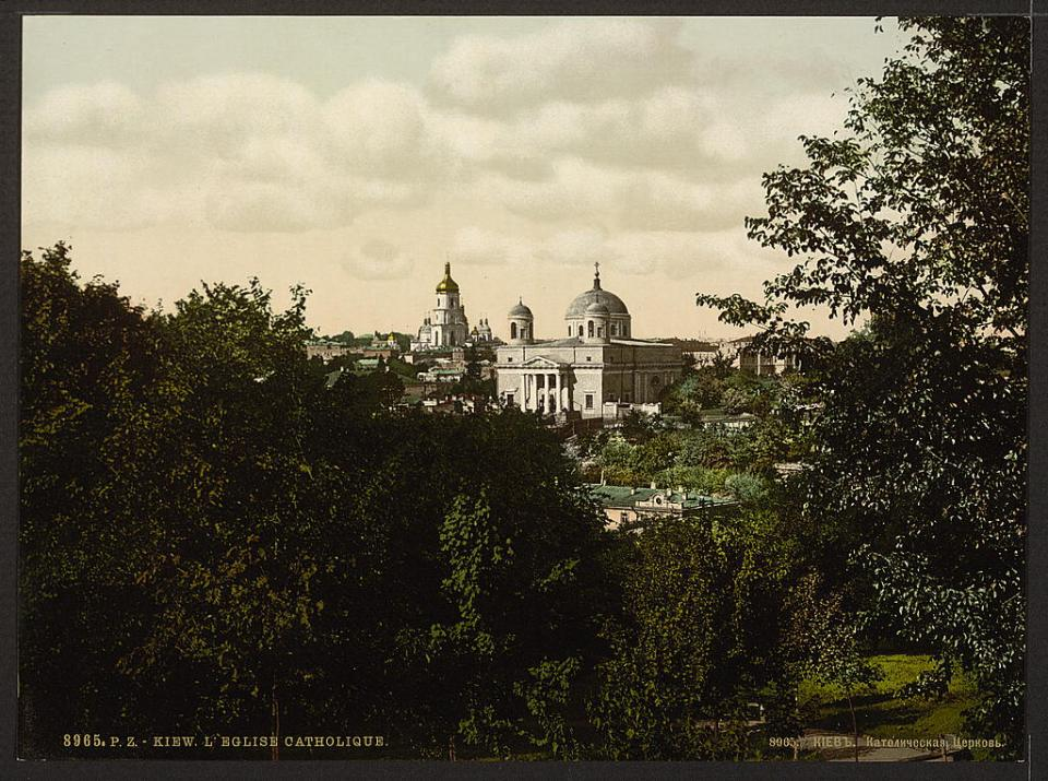 The Catholic church in Kyiv, Ukraine circa 1890-1900. Image: Detroit Publishing Company via the Library of Congress