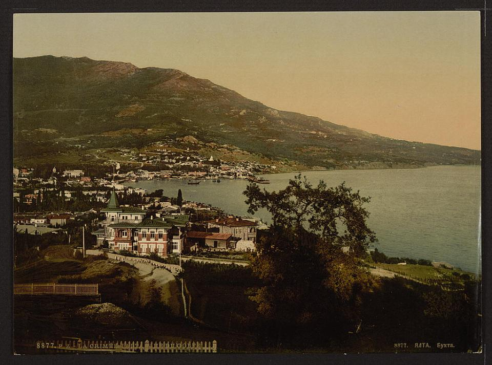 Yalta Harbor, Crimea, Ukraine circa 1890-1900. Image: Detroit Publishing Company via the Library of Congress