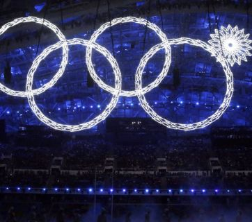 A snowflake failed to transform into an Olympic ring at the Sochi 2014 Winter Games Olympics. (Image: Varlamov.ru)