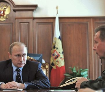 Putin with Viktor Zolotov, the head of the National Guard of Russia, an internal security force directly subordinated to him with estimated staff of 500,000.
